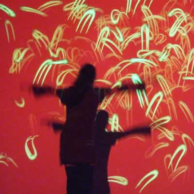 Essai pour un danseur virtuel, vers une image vivante-visual